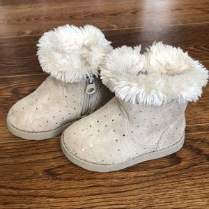 👧Toddler Size 5 Cat & Jack Winter Boots with Fur